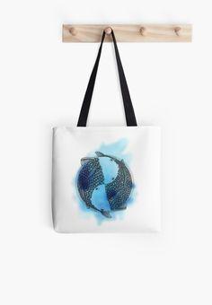 Pisces (blue) Tote bag by #Beatrizxe | #Redbubble Two fish constantly rotate on a single axis. Eternity and infinity are represented in this illustration #pisces #zodiac #fish, #horoscope #ink #animal #japan #illustration, #artwork #draw #drawing #design #tattoo//// Dos peces giran constantemente en un mismo eje. Eternidad e infinito están representados en esta ilustración #pisces #zodiaco #pez #peces #horoscopo #tinta #japon #dibujo #diseño #tatuaje #creatividad