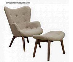 Kursi Sofa Santai Minimalis Vintage ini mempunyai desain kursi yang simple dan minimalis dengan gaya kursi scandinavia yang cocok untuk ruang rumah anda.
