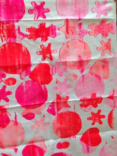 Roller printed fabric by Stenhouse primary school families for #HomeWorks project @NtlMuseumsScot