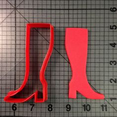 This printed plastic cutter makes the shape of a cowboy boot. Star Wars Cookie Cutters, Cheap Cookie Cutters, Star Wars Cookies, Plastic Cutter, Baking Supplies, Royal Icing Cookies, Cowboy And Cowgirl, How To Make Cookies, Food Coloring