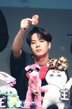 His face expression I wish I knew how to make photo cards | Jackson GOT7