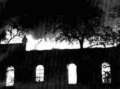 Burning synagogue in Memel on Kristallnacht