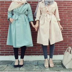 pastel trench coat hijab style- Colorful fashionable hijab outfits http://www.justtrendygirls.com/colorful-fashionable-hijab-outfits/