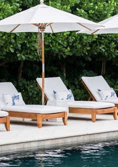 At whatever point you're in a poolside or at the shoreline, a standout amongst the best approaches to unwind is to lie on a pool lounge seat. Pool lounge chairs are dependably a decent thing to have, on the grounds… Continue Reading → Beach Lounge Chair, Pool Lounge Chairs, Lounge Chair Design, Blue Lounge, Lounge Decor, Outdoor Pool Furniture, Poolside Furniture, Outdoor Chairs, Chaise Lounge Outdoor