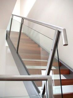 Modern stair railing - In most cases, staircase is the focal point of a home. A great way that can add a design element to your home as well as a good safety measure come from a great railing. Stairs Handrail Height, Stairway Railing Ideas, Modern Staircase Railing, Outdoor Stair Railing, Stair Railing Design, Iron Stair Railing, Stair Handrail, Modern Stairs, Staircases