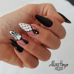 nailart # nails The best new n Lace Nails, Bling Nails, Stiletto Nails, Henna Nails, Acrylic Nail Designs, Nail Art Designs, Acrylic Nails, Gorgeous Nails, Pretty Nails