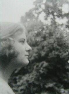 Eva Karl in Berlin, Soraya and Bijan Esfandiari Bakhtiari were the children of Khalil Khan Esfandiari-Bakhtiari, and Eva Karl of Germany. Soraya was born in Isfahan on June 22nd, 1932 and Bijan was born 5 years later on 15th of October 1937 also in Isfahan.