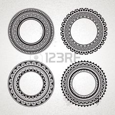http://us.123rf.com/450wm/morys/morys1304/morys130400026/19334247-set-cirkel-polynesische-tattoo-vormgegeven-frames-vector-illustratie.jpg
