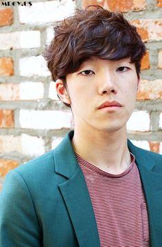 Korean Hairstyle: Top 60 Handsome Korean Hairstyles for Men Haircut Styles For Women, Short Haircut Styles, Cute Short Haircuts, Cool Hairstyles For Men, Cool Haircuts, Asian Hairstyles, Japanese Hairstyles, Short Hairstyles, Hair Styles