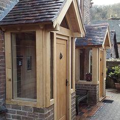 Porch Uk, House Front Porch, Front Porch Design, House Entrance, Cottage Front Doors, Cottage Porch, Porch Doors, Front Door Steps, Oak Front Door