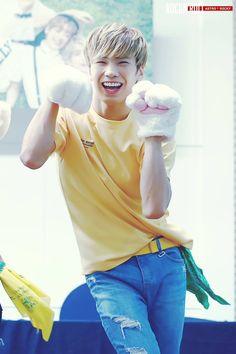 [10.09.16] Busan Fansign Event - Rocky