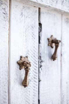 Brass Drawer Pulls Drawer Pull Handles Drawer by honeywoodhome Drawer Handles, Door Handles, Pull Handles, Handmade Accessories, Home Decor Accessories, Brass Cabinet Pulls, Coastal Wall Art, Coastal Style, Brass Hardware