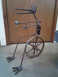 Metal Birds, Scrap Metal Art, Wire Art, Metals, Bicycle, Rustic, Cool Stuff, Vehicles, Recipes