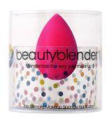 Beautyblender makeup sponge