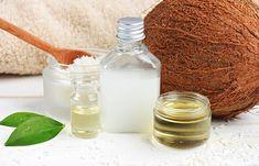 Make a customized & natural DIY shampoo for shinier, fuller & healthier hair. Best Coconut Oil, Coconut Oil For Teeth, Coconut Oil Hair Mask, Benefits Of Coconut Oil, Organic Coconut Oil, Coconut Milk, Oil Benefits, Diy Shampoo, Aloe Vera Haut