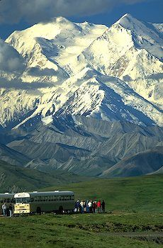 touring, Mt. McKinley, Denali National Park, Alaska