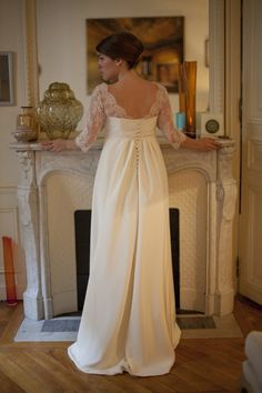 On dirait que cette robe sort tout droit d'un roman de Jane Austen... Je suis d'accord!