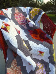 Sew Kind Of Wonderful: Metro Medallion Quilt Tutorial Available!