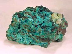 Chrysocolla [Arizona] - is generally associated with peace and tranquility, as well as intuition, patience and unconditional love. It is often thought to offer gentle and soothing qualities. It helps to clear the subconscious of negative feelings of guilt, fears and tension, and brings about inner strength. It aids in releasing old resentment and in forgiving people you've been holding resistance to.