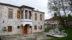 The first school to use the Albanian language opened there in 1887; its building is now a museum of education.