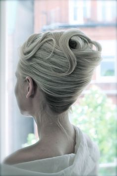 5 of the best winter wedding hairstyles for 2014