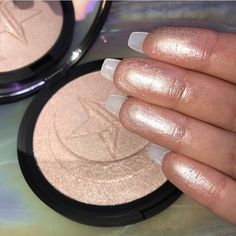 Jeffree Star x MannyMUA Eclipse skin frost