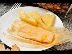 Tamales ligeros de piña con yogur. Sencillos tamalitos, excelentes como postre dulce, se pueden acompañar con crema. Más ligeros que los tamales normales, en vez de manteca o mantequilla llevan yogur.