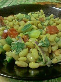 GOLDY in bucatarie.: Salata de fasole cu sos de mustar. Beans, Vegetables, Food, Salads, Essen, Vegetable Recipes, Meals, Yemek, Beans Recipes