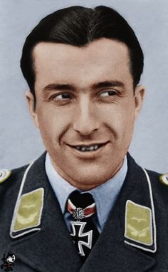 ✠ Otto Kittel February 1917 – 14 or 16 February he was shot down and killed by the air gunner of a Shturmovik. RK Oberfeldwebel Flugzeugführer i. Luftwaffe, Fighter Pilot, Fighter Jets, Erich Hartmann, Focke Wulf 190, Germany Ww2, German Army, World War Two, Wwii