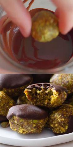 Vegan Sweets, Healthy Dessert Recipes, Healthy Desserts, Delicious Desserts, Vegan Recipes, Cooking Recipes, Yummy Food, Pistachio Cookies, Healthy Cookies