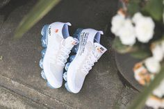 World Of Fashion, New York Fashion, Milan Fashion Weeks, Runway Fashion, Fashion Models, Fashion Tips, Nike Air Vapormax, Women's Sneakers, Sneakers Fashion