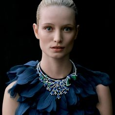 Van Cleef & Arpels invites you to discover the new Jewelry and Watch catalog, inspired by a delicate Nature and Femininity.