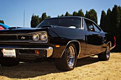 — 1969 Dodge Super Bee Rat Rods, Dodge Super Bee, Dodge Muscle Cars, 70s Cars, Dodge Coronet, Mopar Or No Car, Road Runner, Plymouth, Cool Cars