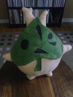 How to win Valentines day if you have a gamer girlfriend: Make a full-size Plushie of Makar from Wind Waker