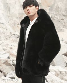This men's real fur coat is constructed of Golden Red Fox fur, and Black Mink fur. Styled at its two materials of fur, both blended with each skillfully. Black Fur Jacket, Leather Jacket With Hood, Leather Coats, Fox Fur Coat, Shearling Coat, Men's Coats And Jackets, Winter Jackets, Fur Jackets, Revival Clothing
