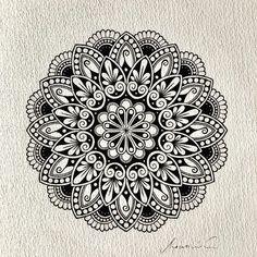 Pin by julie wall-wiest on zentangles in 2019 рисунки, татуи Mandala Doodle, Mandala Art Lesson, Mandala Artwork, Mandala Dots, Mandala Painting, Mandala Pattern, Zentangle Patterns, Zentangles, Doodle Art Drawing