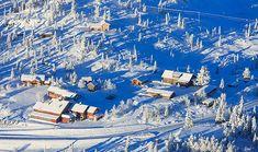 Nythun fra lufta Norway, Airplane View