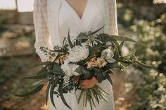 Ola ❤  Fot. Jakubowski Foto Table Decorations, Wedding Dresses, Home Decor, Bride Dresses, Bridal Gowns, Decoration Home, Room Decor, Weeding Dresses, Wedding Dressses