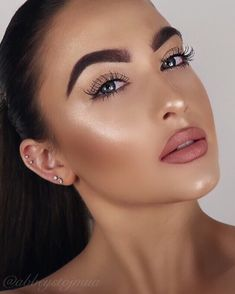 """914 Likes, 49 Comments - Abbey Stojanovic (@abbeystojmua) on Instagram: """"Thankyou for the constant love & support! ❤️❤️ deets... ✨brows @anastasiabeverlyhills dipbrow in…"""""""