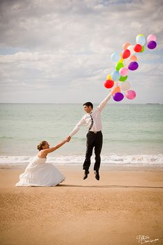 Photo, couple: shows wedding picture but could be just cute couple picture. Woman squatting and holding mans hand who is holding a large amount of balloons looking to be floating away Photo Couple, Family Photo, Cute Photos, Adorable Pictures, Here Comes The Bride, Wedding Pictures, Wedding Bells, Engagement Photos, Beach Engagement