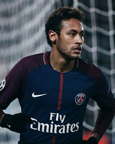Real Madrid ready to make bid for Neymar - HF Neymar Jr, Neymar Football, Football Icon, Best Football Players, Football Is Life, Nike Football, Soccer Players, Messi, Neymar Brazil