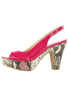 "An Italian made fuchsia patent leather slingback by Cenedella with a 1 inch snakeskin platform and a 3 inch chunky snakeskin heel. Fun, funky and flirty, you'll be summertime ready for any occasion in these cute pumps. Pair with a dress or skirt to show the shoe off or with pants for just a pop of color.    Heel height: 3""; 1"" platform   Fuchsia Leather Slingback by Cenedella . Shoes - Pumps & Heels South Carolina"