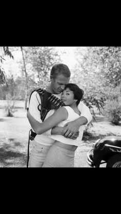 Steve McQueen with his first wife, Neile Adams. Hollywood Stars, Classic Hollywood, Steve Mcqueen Cars, Thomas Crown Affair, Star Wars, Mc Queen, Rare Images, Best Memories, Engagement Shoots