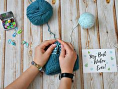 One of the Ways of Joining a New Thread – a free tutorial on the topic: Knitting ✓DIY ✓Steps-By-Step ✓With photos Sc Crochet, Double Crochet, Single Crochet, Crochet Hooks, Knitted Headband, Knitted Hats, Knitted Fabric, Bandeau Torsadé, Dinosaur Hat