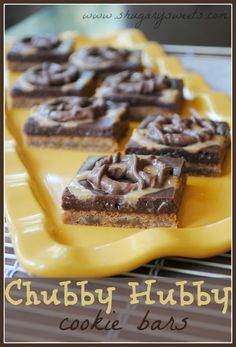 Chubby Hubby Cookie Bars- malted cookie bar crust with chocolate fudge, peanut butter and pretzels @shugarysweets
