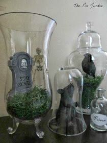 The Pin Junkie: Dollar Store Halloween Decor: Tablescape