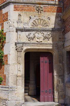 L'Hôtel des Sphères - Credit: Château du Plessis-Brion (Oise) Picardie