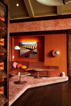 Jaime Schmidt Home Tour Schmidt, Vintage Wall Lights, Vintage Lamps, Tom Dixon, White Oak Dining Table, Color Terracota, Portland, Modernism Week, Mug Design