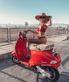 Most flattering bikini Wearing xs in top and bottom Source by bikini Piaggio Vespa, Vespa Lambretta, Vespa Scooters, Red Vespa, Vespa 50, Scooter Motorcycle, Motorbike Girl, Chicks On Bikes, Motorcycle Girls
