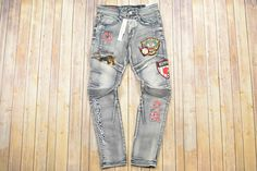 Men's jeans Denim Shirt With Jeans, Boys Jeans, Baby Girl Jeans, Skull Hoodie, Painted Jeans, Kids Pants, Mens Fashion, Fashion Outfits, Pants Outfit